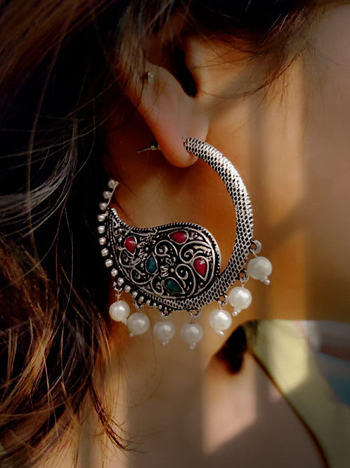Chaand Baalis with Pearls