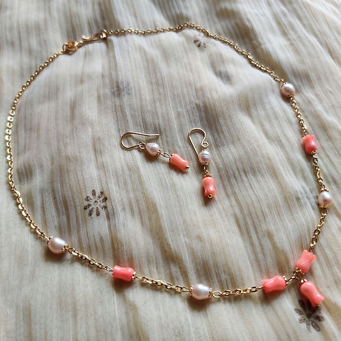 Pink freshwater pearls & Peach corals set
