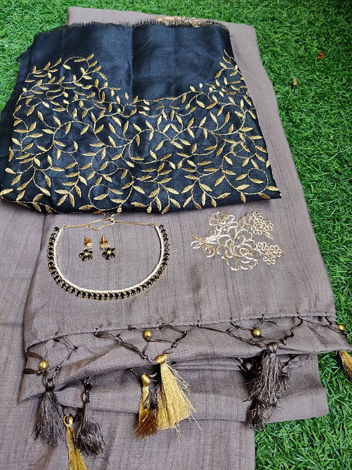 Grey Embroidery saree with Black embroidery blouse and black set