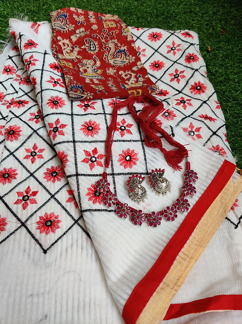 Mirror and embroidery on red and white saree with red choker set
