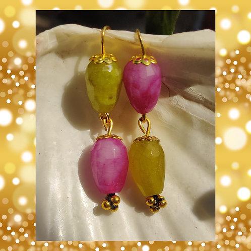 Reverse Earrings in Onyx