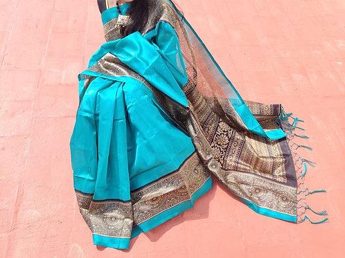Bright ikkat silk with fully printed pallu