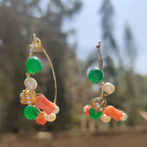 Green Onyx with Coral tulips earrings