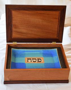Robin's Seder Plate Box