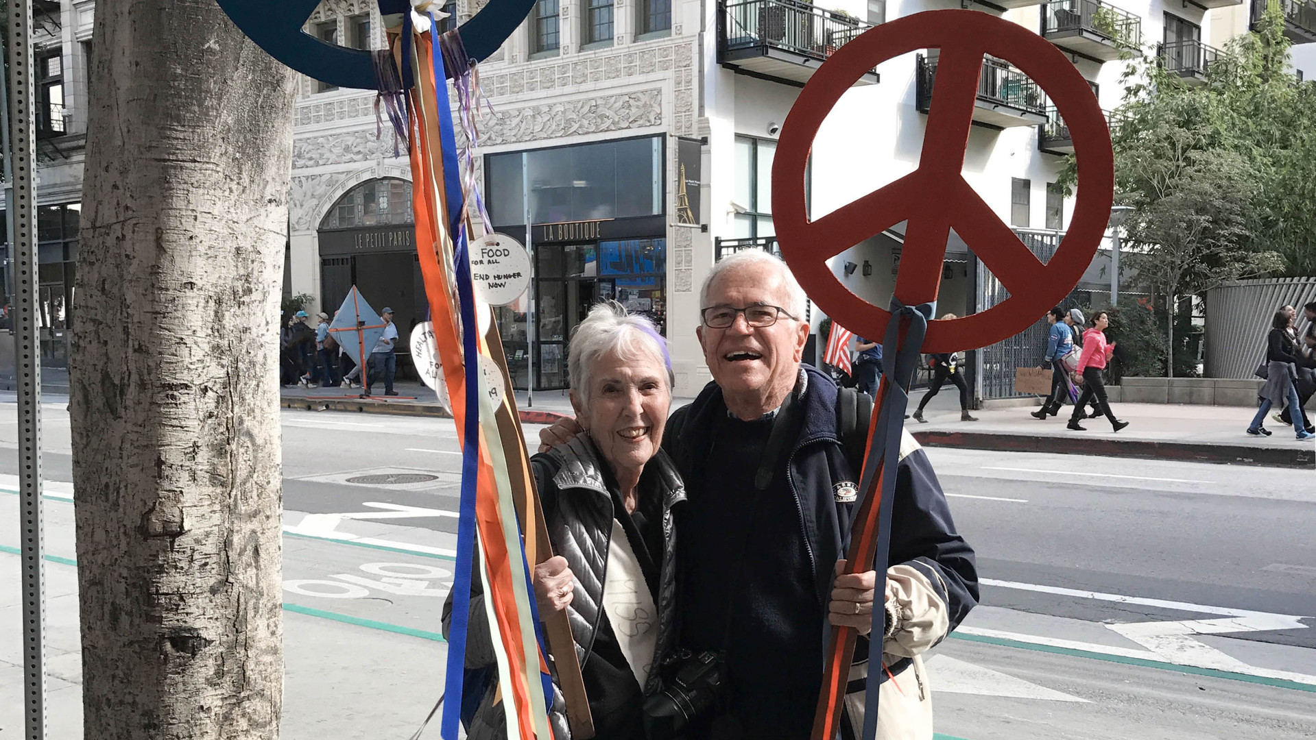 This Couple Comes in Peace_Carris Bennett Christianson