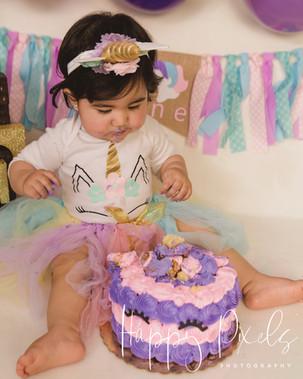 Nahid Cake Smash-06.jpg