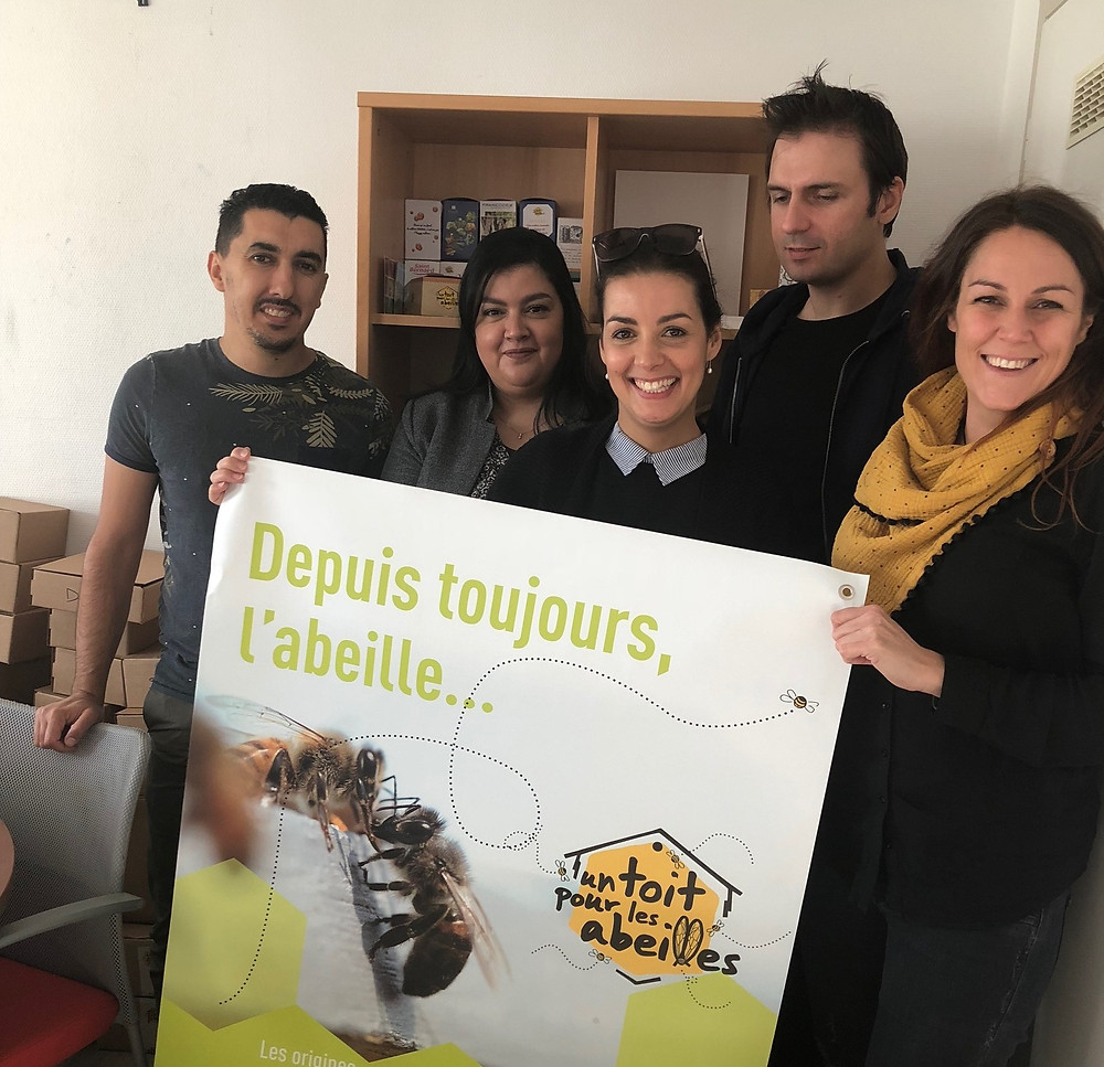 From left to right: Hassan, Karima, Zakia, Michel and Flavie