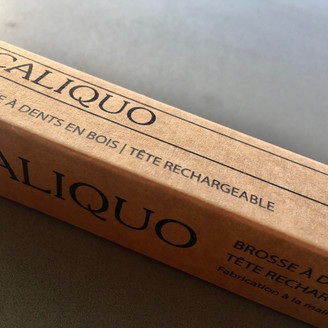 TRY AND SHARE - Caliquo's re-usable toothbrushes, France