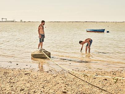 isaki_lacuesta_entre_dos_aguas_08.jpg