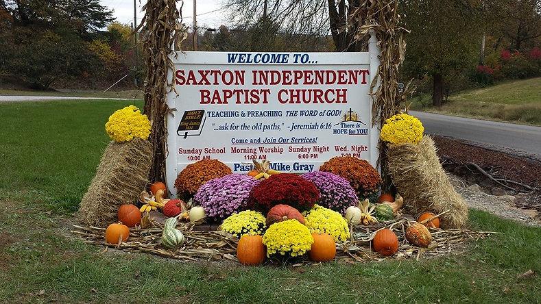 saxton baptist church sign.jpg