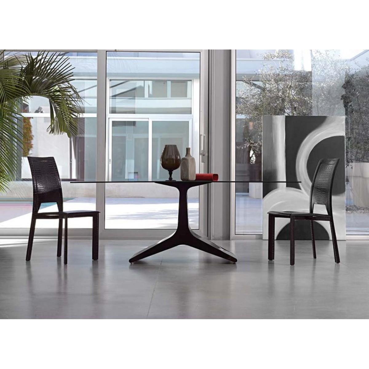 Stół model REALE