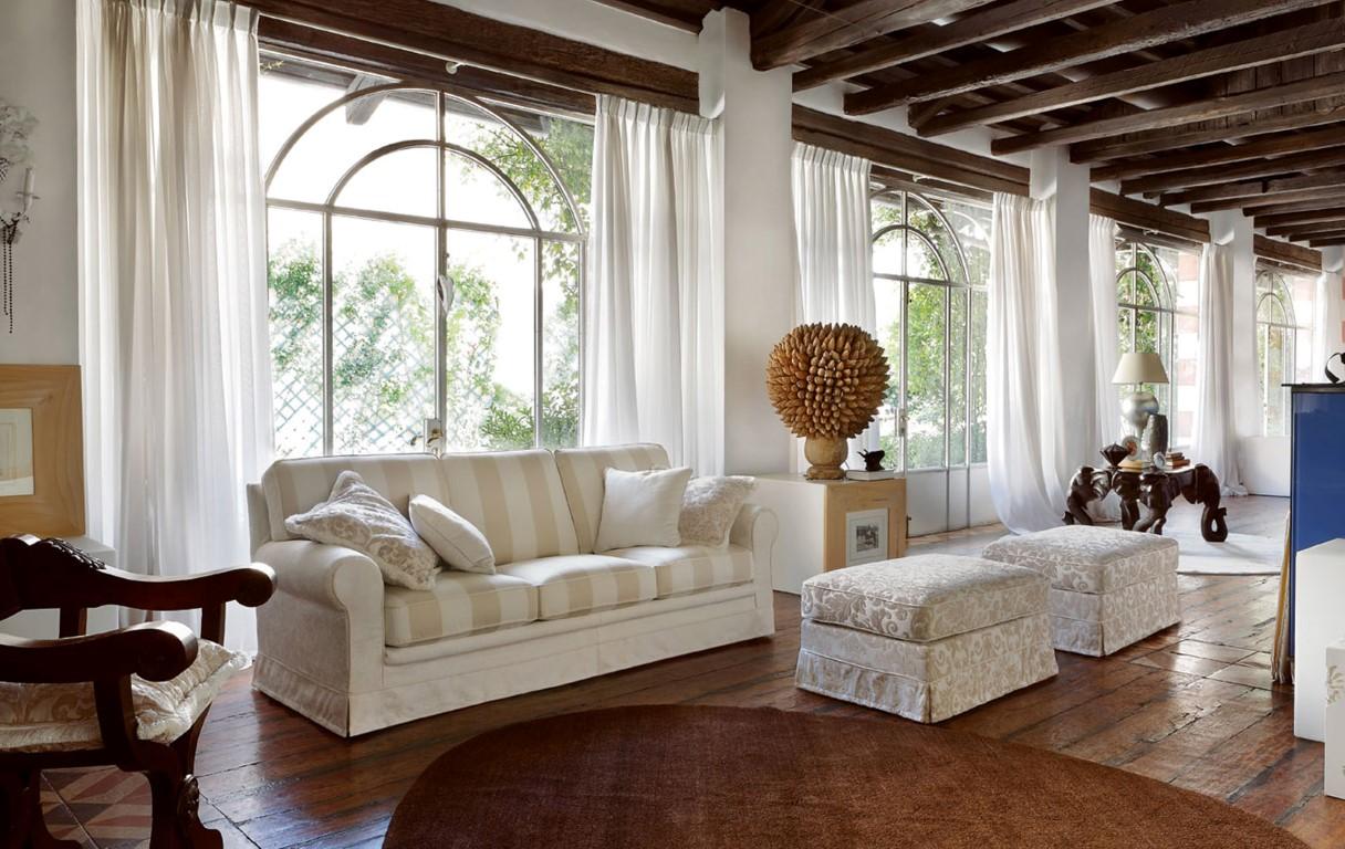 Włoski zestaw sofa, puf model TAMIGI