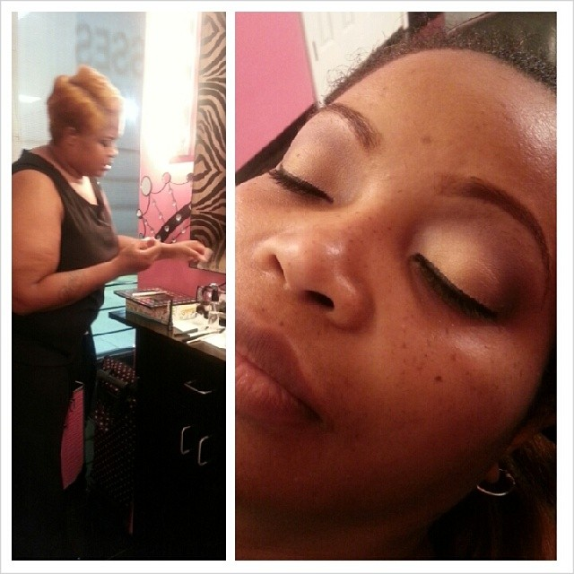 Lakeisha is building confidence _#makeupschool #makeuplessons