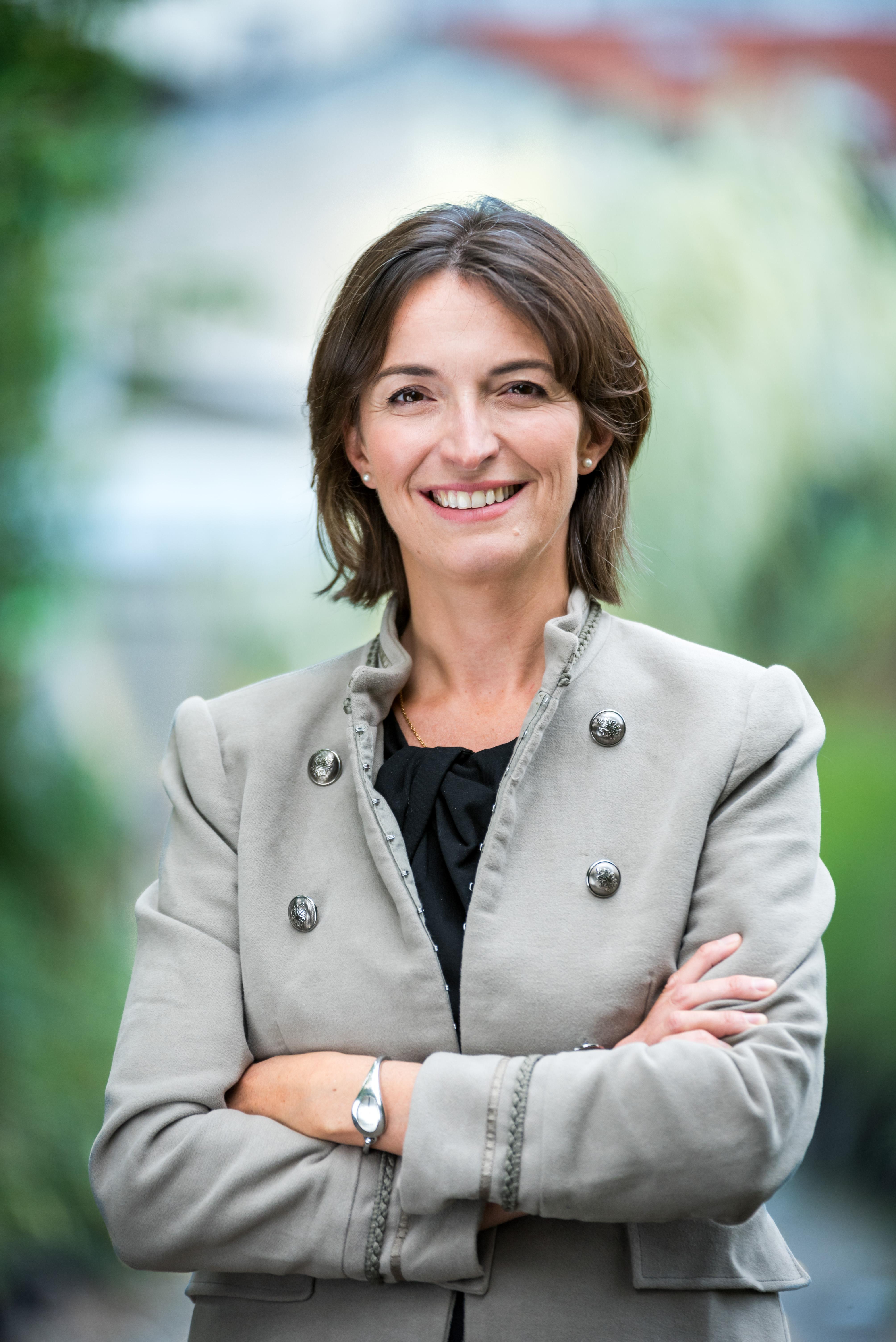 CHARLOTTE LIBERT-ALBANEL : Maire de Vincennes