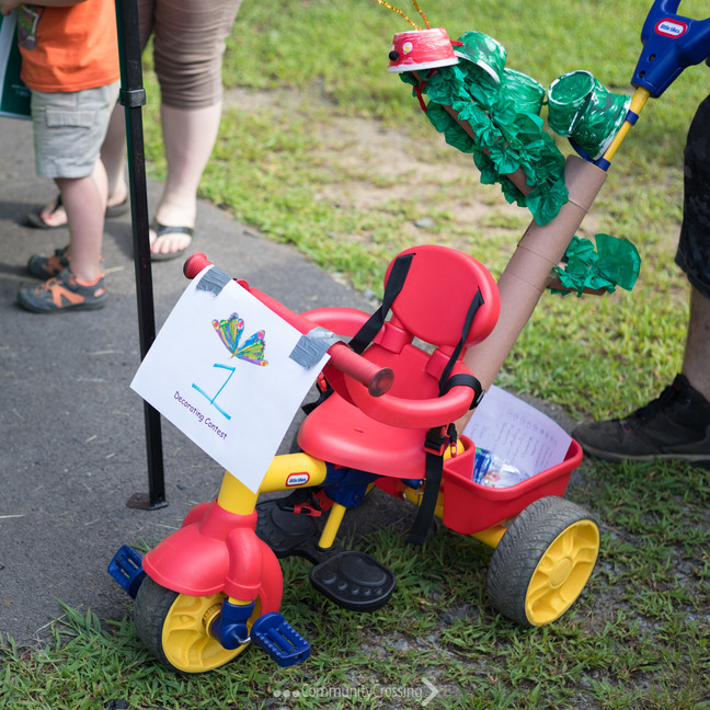Stroller decoration contest winner!