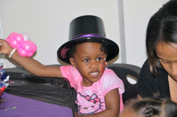 Amira hat