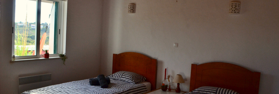 Double bedroom single beds