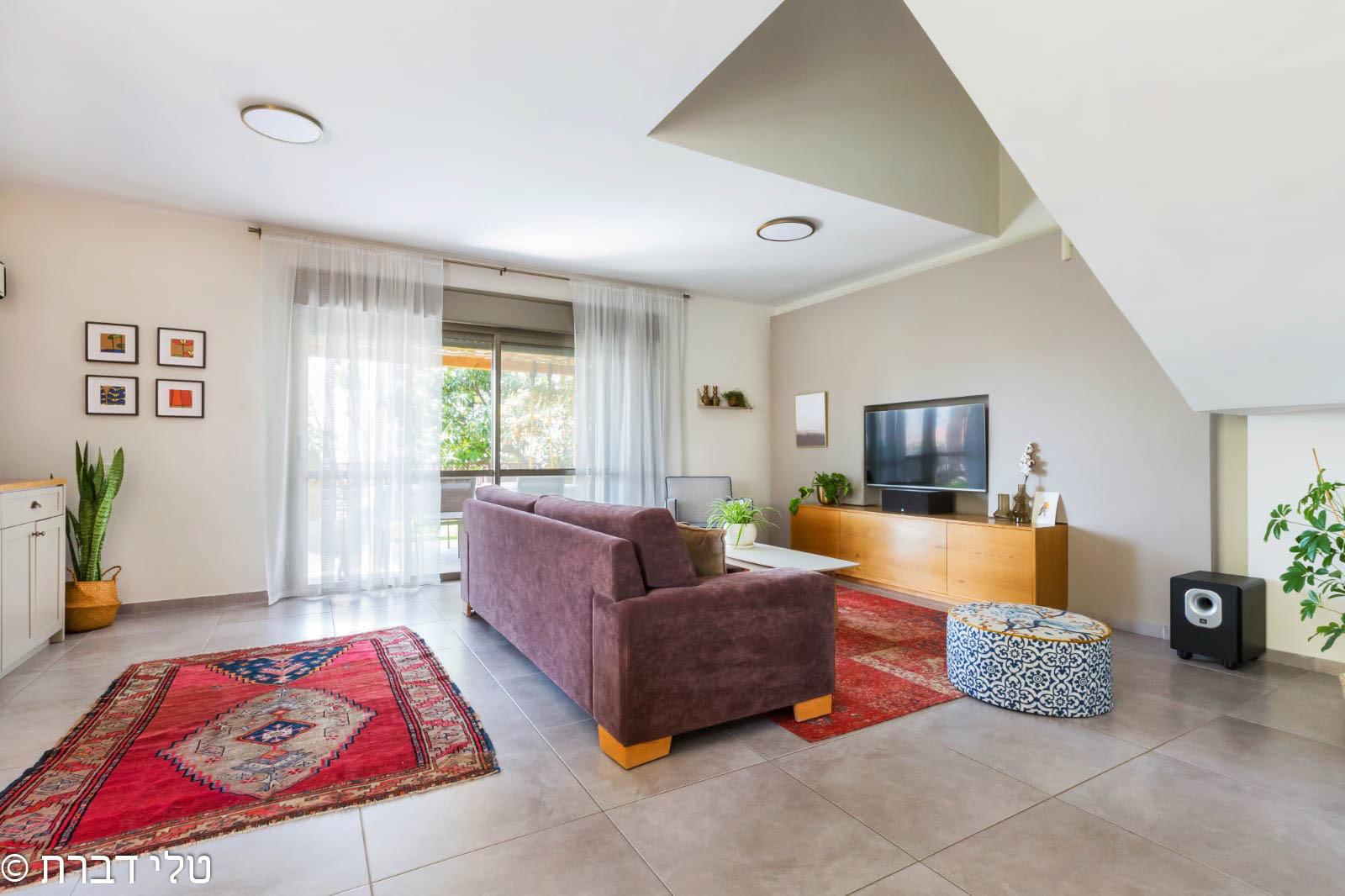 דירת גן דופלקס חלומית למכירה בצור יצחק