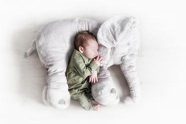 Newborn Jerom (48).jpg