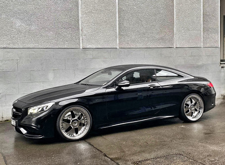 Auffallen um jeden Preis ist das Motto - 22 Zoll CJ1 Chrom auf dem Mercedes Benz S63 Coupe C217