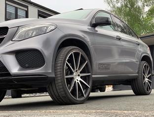 G&B R10 auf Mercedes GLE Coupe C292 - Grau
