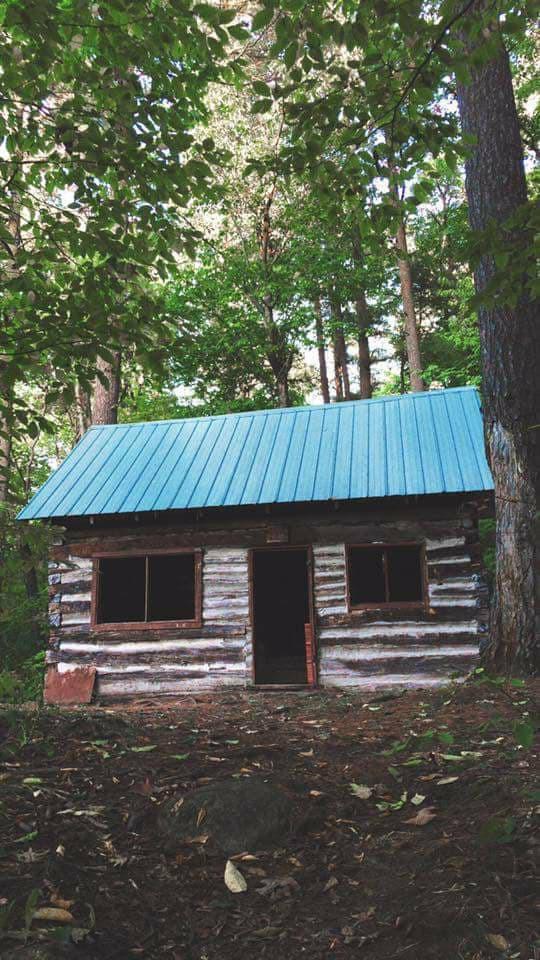 photo of Eric W Memorial Cabin