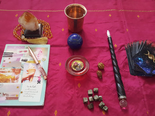 How To Create Your New Moon Ritual