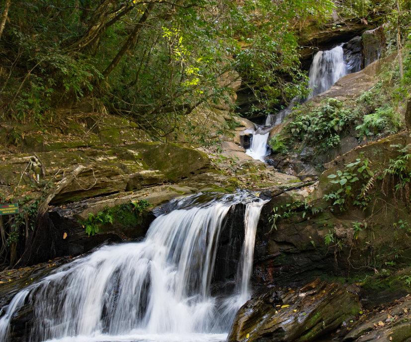Cachoeira do Landí na Trilha do Vale em Reserva do Abade Cachoeira do Abade