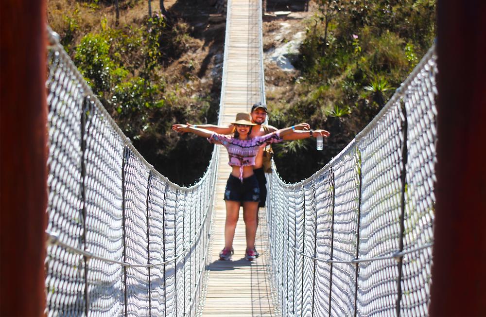 Ponte da Tremedeira na cachoeira do Abade: 50 metros de comprimento e 25 metros de altura