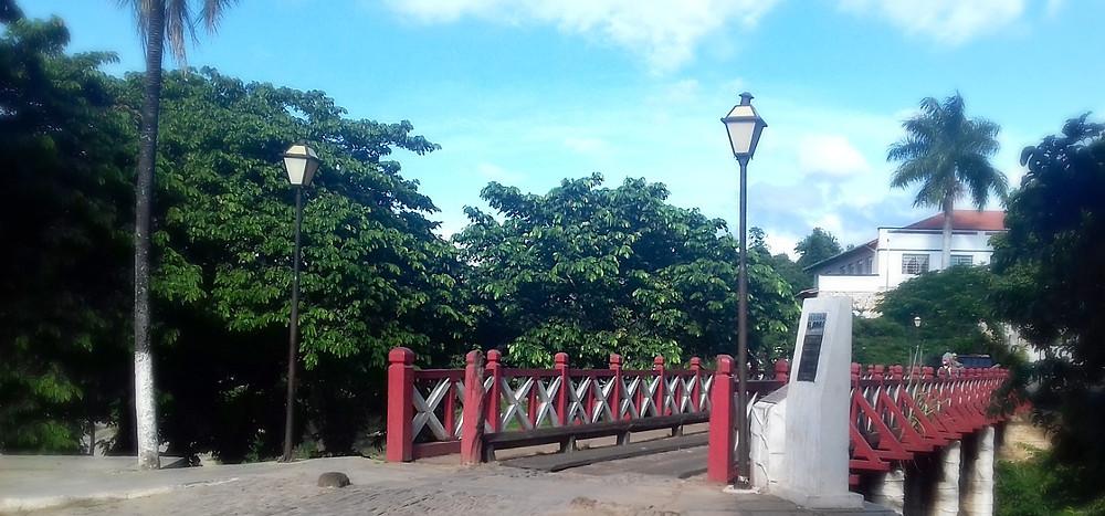 Ponte de Madeira no centro de Pirenópolis, goiás