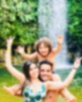 Passeio divertido na Cachoeira do Abade em Pirenópoli