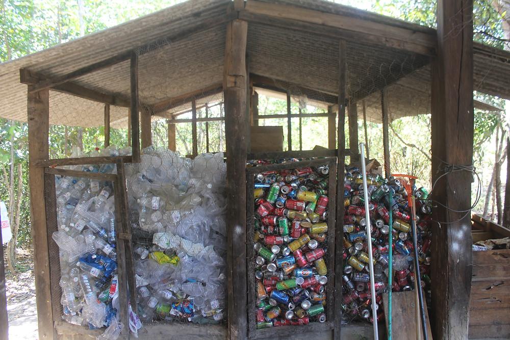 Cachoeira do Abade faz gestão dos resíduos sólidos em Piri