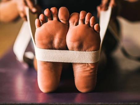 5 maneiras de usar o seu Yoga Strap