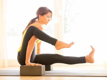 Como usar blocos para yoga