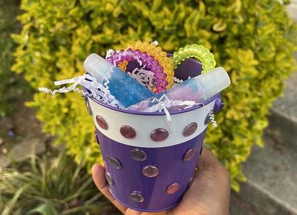 Lip Gloss & Bracelet Basket: Purple