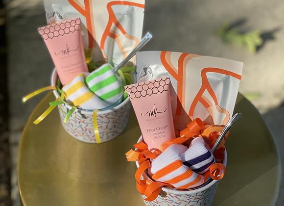 Treat Your Feet + Sock cupcakes