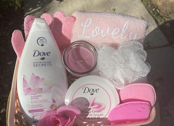 Dove Self Care Basket: Pink