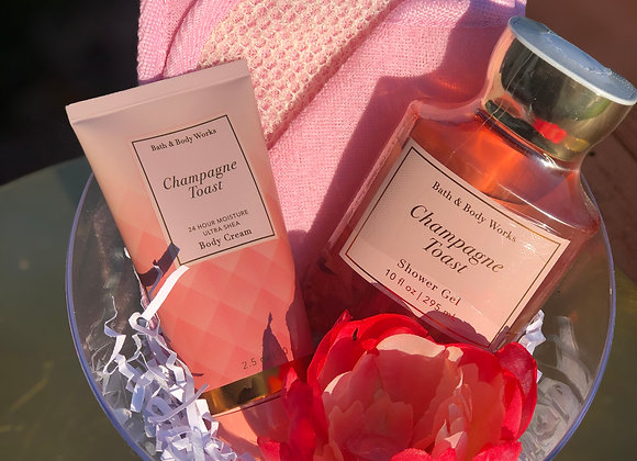 Bath & Body Basket: Champagne Toast