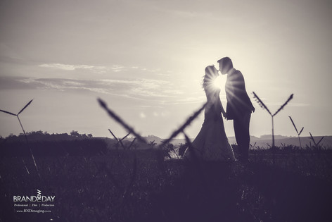 Professional Photographer for Weddings