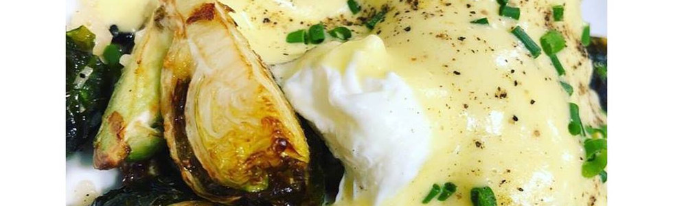 Brunch Brussels with poached eggs & cheese fondue