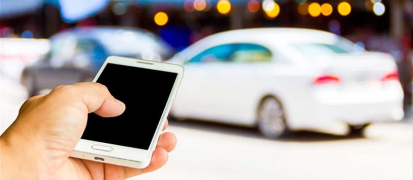 Denúncia de infrações de trânsito por civis via aplicativos de celular