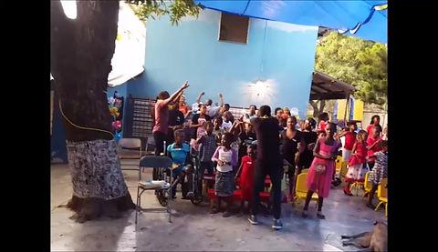 HOH kids Singing