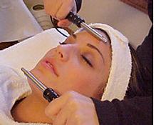 Facial Sculpting Microcurrent
