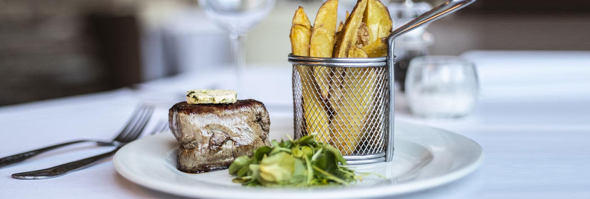 Shoeburyness-Hotel-Home-Slider-steak.jpg