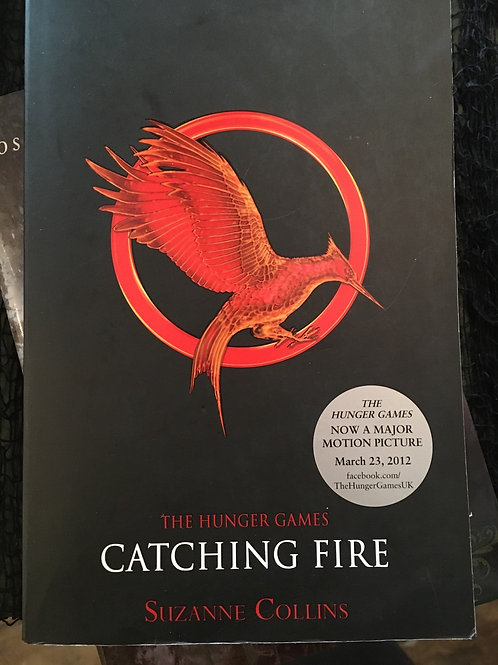 Catching Fire - The Hunger Games 2 (Paperback) Suzanne Collins (author)