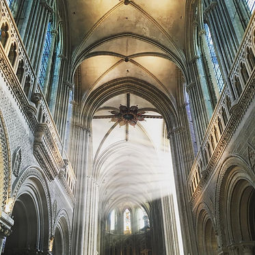 Cathédrale de Bayeux.jpg