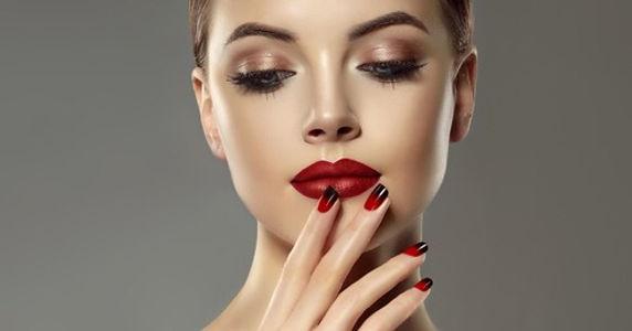 Make_Up.jpg