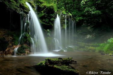 「夢幻の滝音」 兵庫県・新温泉町