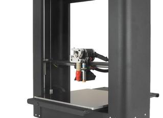 Unprofessional Product Review: Printrbot Plus 3D Printer