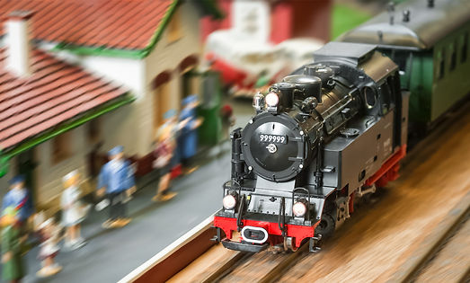 Model-Trains-Scale-Explained-Blog-Cover.